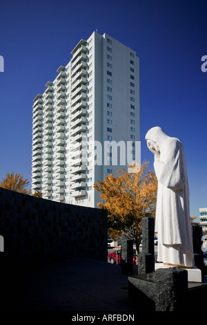 'And Jesus Wept' On a corner adjacent to the Oklahoma City National Memorial. sculpture of Jesus weeping erected - Stock Photo