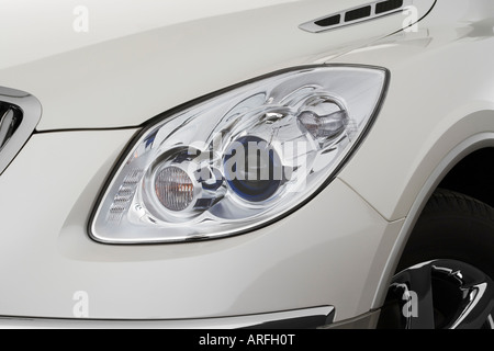 buick enclave 2008 white. 2008 buick enclave cxl in white headlight stock photo