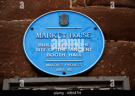 The 'blue plaque' on the ancient Market House, Ross on Wye - Stock Photo