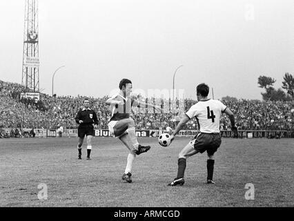 football, Regionalliga 1968/1969, promotion match to the Bundesliga 1969/1970, Rot-Weiss Essen versus VfL Osnabrueck - Stock Photo
