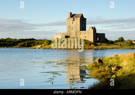 Dunguaire (Dungory) Castle, Kinvarra, County Galway, Connacht, Republic of Ireland (Eire), Europe - Stock Photo
