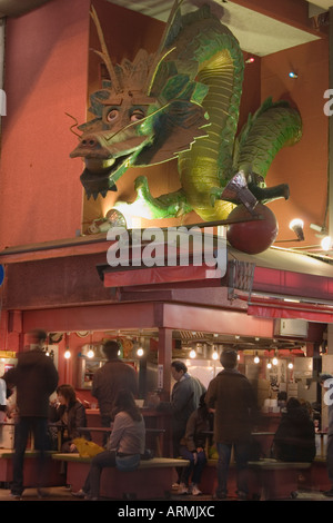 A large dragon is the symbol for Kin Ryu ramen shop in the Dotonbori district in Osaka Japan - Stock Photo