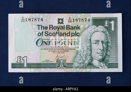 dh Royal Bank of Scotland MONEY SCOTLAND UK Scottish one pound note banknote 1 rbs cut out notes - Stock Photo