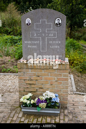 Memorial to Marchant and Olivier two members of the resistance killed by Germans in the Second World War Flanders - Stock Photo