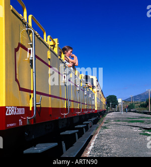 Train jaune at Odeillo-Font Romeu, in  Pyreneans mountains, Languedoc Roussillon, France. - Stock Photo