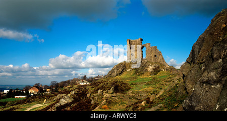 Cheshire Mow Cop Castle folly overlooking Cheshire plain - Stock Photo