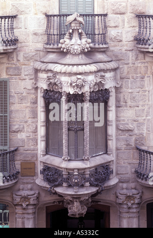 Barcelona casa calvet fassade architekt antonio gaudi cornet stock photo royalty free image - Architekt barcelona ...