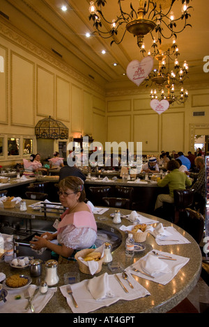 Sanborns restaurant house of tiles mexico city mexico for Restaurant los azulejos df