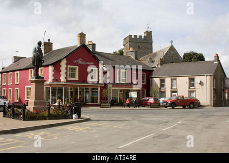 main square Tregaron Ceredigion , with Rhiannon Gold Centre in background, autumn afternoon, statue and church tower - Stock Photo