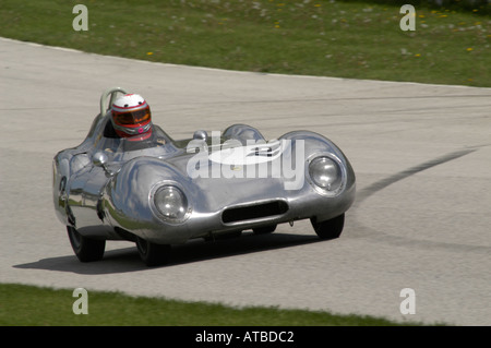 Brian MacEachern races his 1956 Lotus 11 Le Mans at the SVRA Vintage GT Challenge at Road America 2004 - Stock Photo