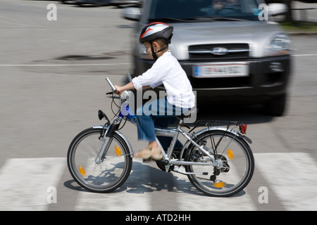 Child security in the traffic - Stock Photo