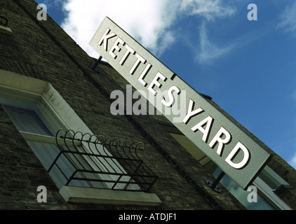 Kettle's Yard art gallery in Cambridge - Stock Photo