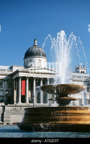 Fountain in trafalgar square - Stock Photo