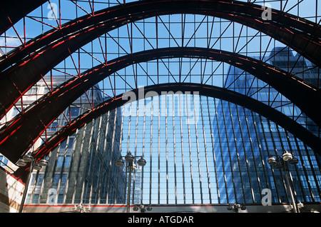 Canary wharf station - Stock Photo