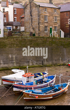 Staithes harbour North Yorkshire UK - Stock Photo
