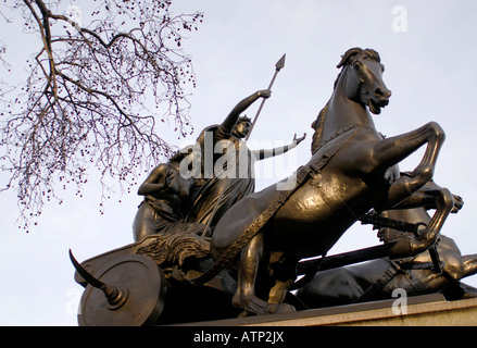 Bronze statue of Boudica Boudicca or Boadicea queen of the Iceni and her daughters in a war chariot - Stock Photo