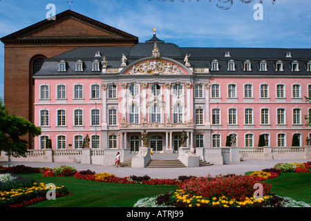 Electoral palace / Trier - Stock Photo