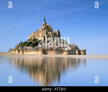 FR - NORMANDY:  Le Mont Saint Michel - Stock Photo
