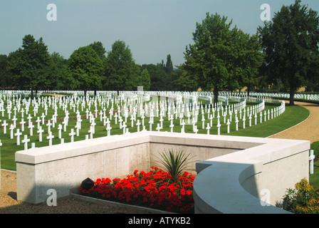 Cambridge American Cemetery & Memorial near Madingley USA military cemetery headstones marking graves of US military - Stock Photo