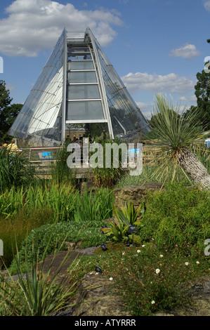 The Davies Alpine House - Royal Botanic Gardens, Kew, photographed in June - Stock Photo