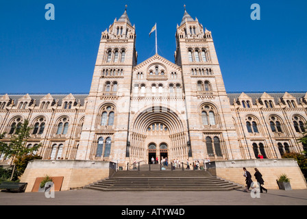 The Natural History Museum in Kensington London - Stock Photo