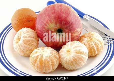 apple and ready clementine from lebanon - Stock Photo