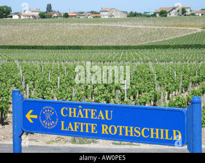 Signpost to Château Lafite Rothschild and Vineyards at Pauillac Médoc Bordeaux Gironde France - Stock Photo