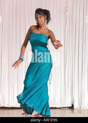 Diwali Wandswoth Town Hall London Dancer - Stock Photo
