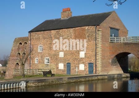Moira Furnace, an early 19th Century iron-making blast furnace. Ashby Canal, Moira, Derbyshire, England, UK - Stock Photo