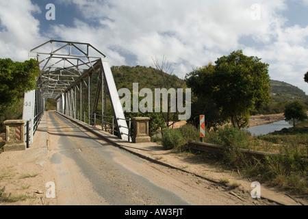 Meccano bridge on the old road through Umtwalumi gorge Kwazulu Natal - Stock Photo