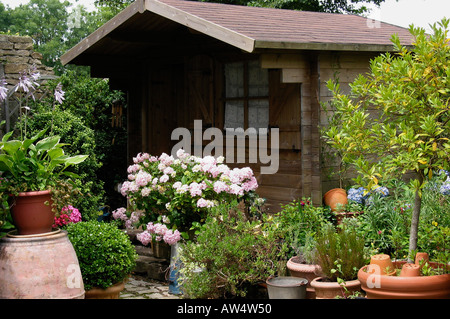 ... Cabin In The Garden,Finistere, Brittany, France, Bretagne   Stock Photo