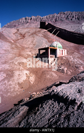 July 9, 2006 – Ancient Uighur village of Tuyoq in the Taklamakan desert near the city of Turpan in China's Xinjiang - Stock Photo