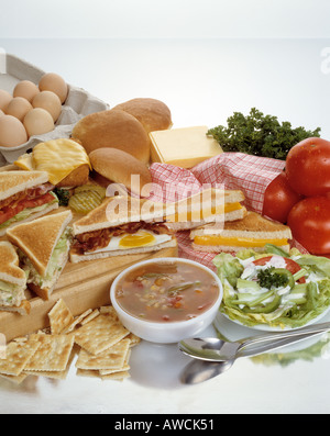 assorted soup sandwiches sandwich combos vegetable toasted cheese bacon egg chicken salad blt lettuce tomato tomatoes - Stock Photo