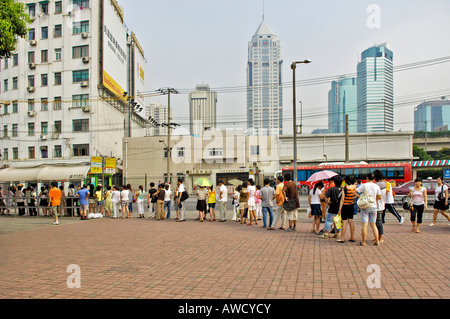 Waiting queue at a bus stop, Shanghai, China, Asia - Stock Photo
