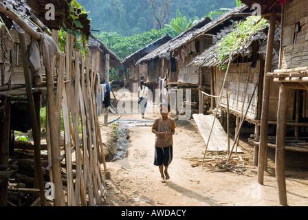 Refugee camp Ei Tu Hta, IDP-Area bordering Thailand near Mae Sariang, Birma - Stock Photo