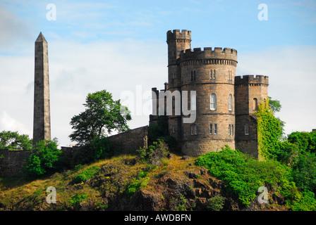 Governor's House and Hamilton's Obelisk, Calton Hill, Edinburgh, Scotland - Stock Photo