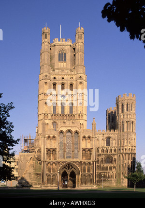 Ely cathedral tower and West entrance - Stock Photo