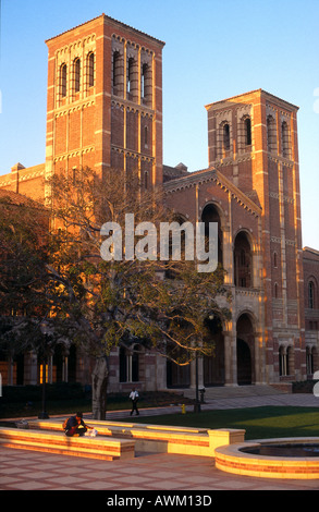 Evening sunlight falling on university building, University Of California, Los Angeles, California, USA - Stock Photo