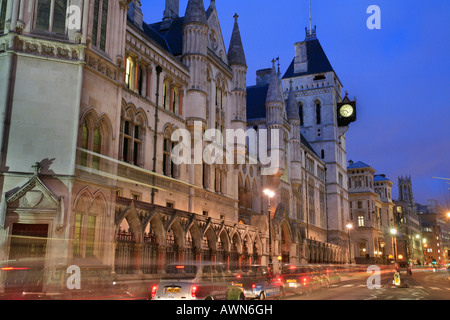 The Royal Courts of Justice on Strand / Fleet Street in the City of Westminster at Dusk, London, UK - Stock Photo