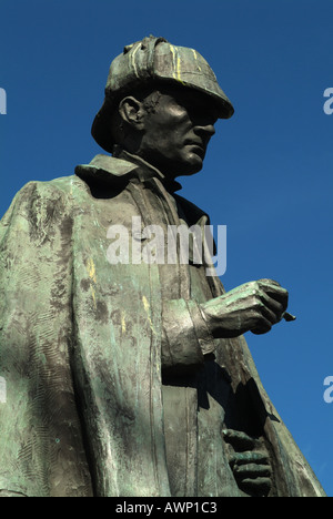 Statue of the fictional detective Sherlock Holmes in Picardy Place, Edinburgh, Scotland, UK. - Stock Photo
