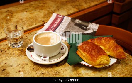 Caf Ef Bf Bd Petit Dejeuner Paris