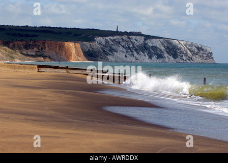 the cliffs and monument at culver sandown shanklin on the isle of wight showing beaches at yaverland and waves crashing - Stock Photo