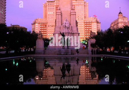 Don Quijote and Sancho Panza monument , Plaza de Espa–a, Madrid , Spain , Europe : Mirroring , poet Cervantes and - Stock Photo