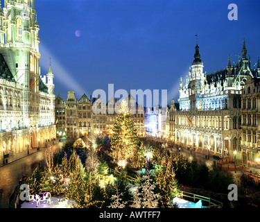 BE - BRUXELLES: Christmas Market at the Town Square - Stock Photo