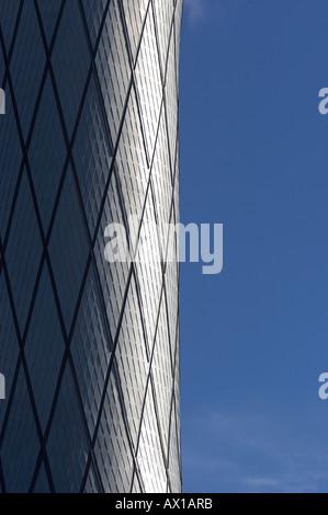 AIR TRAFFIC CONTROL TOWER, EDINBURGH, UK - Stock Photo