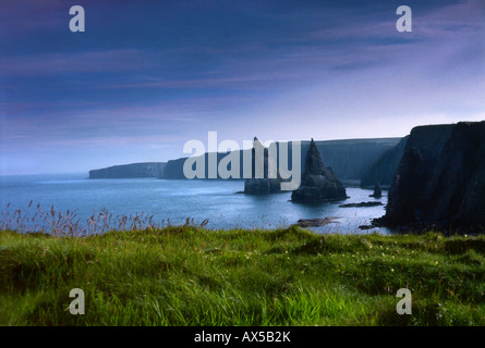 John O' Groats, Caithness, Wick Highland, Dunnet, Thurso, steep coastline in Scotland, UK, Europe - Stock Photo