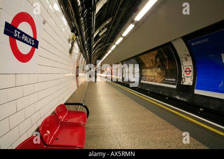 St. Paul's underground station and sign, London, England, UK, Europe - Stock Photo