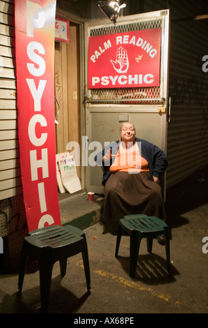 Gypsy psychic and palm reader SoHo New York City - Stock Photo