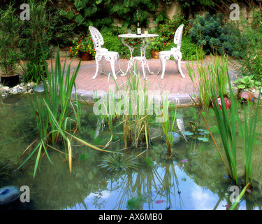 GB - GLOUCESTERSHIRE:  Garden Detail at Parkgate - Stock Photo
