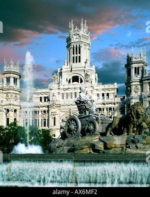 ES - MADRID:  Plaza de Cibeles - Stock Photo